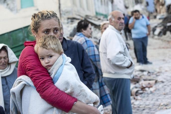 Землетрясение в Италии: уже 21 погибший, более 100 человек пропали (ФОТО)