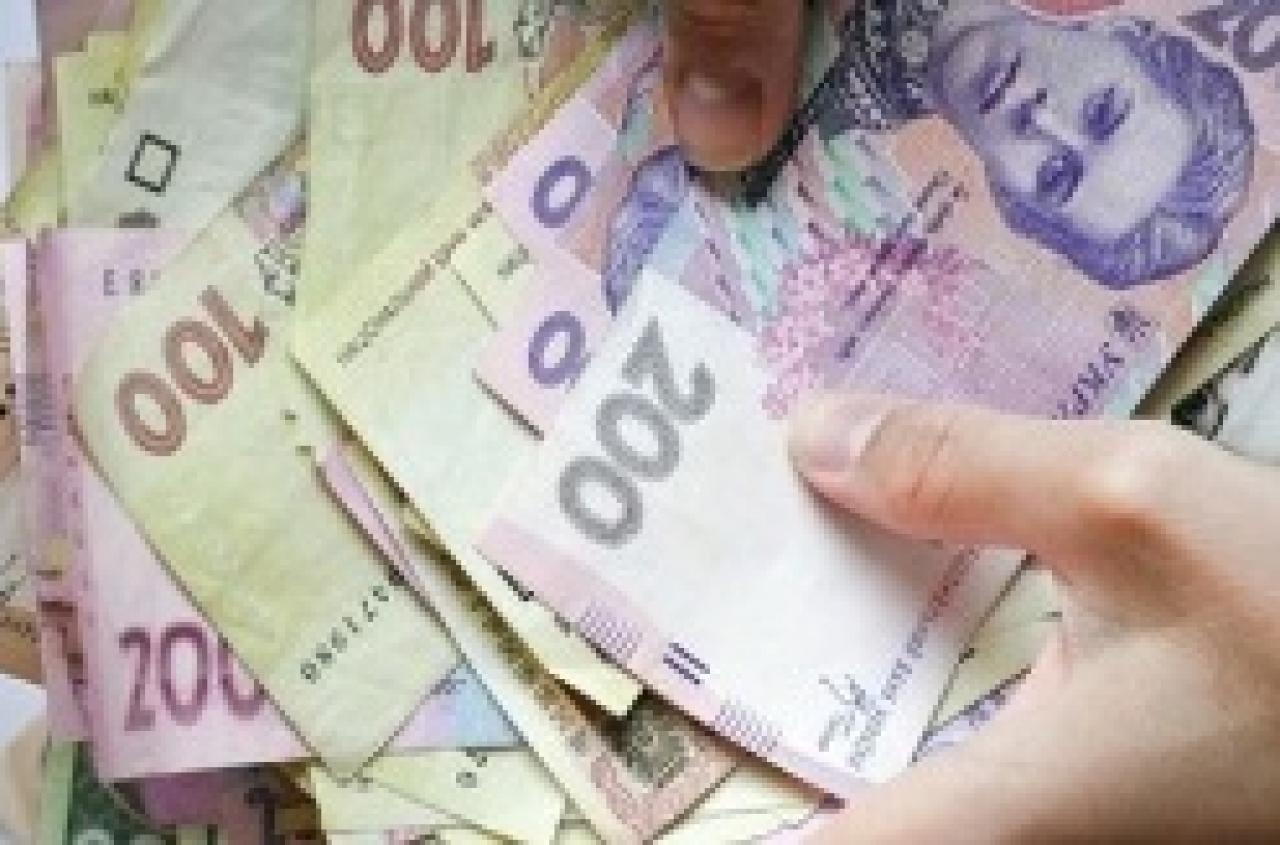 На взятке поймали госслужащего, причастного к хищению денег на реабилитации воинов АТО