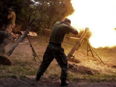 Мирная жительница погибла в результате обстрела окраин города Золотое