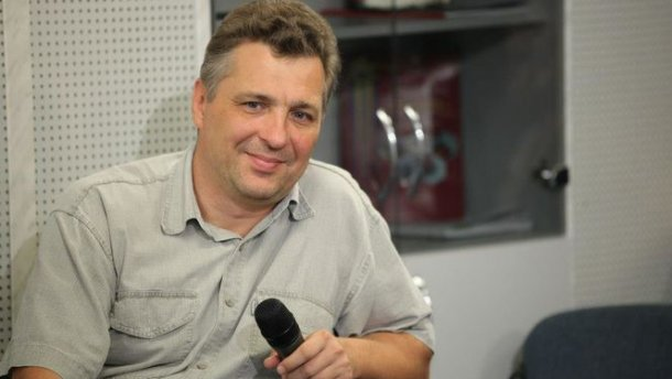 Харьковский суд дал условный срок блогеру-сепаратисту, которого выдворили из России
