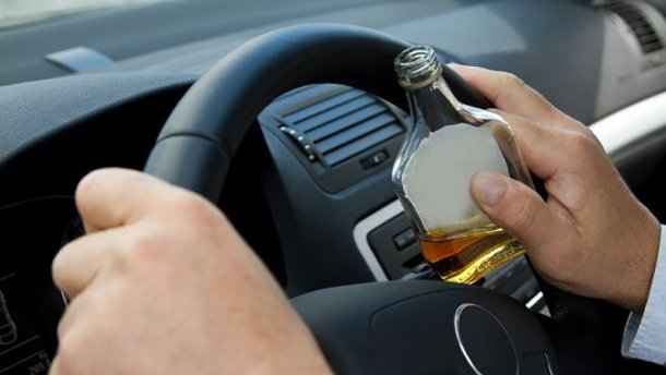 Сын депутата в состоянии алкогольного опьянения буянил на дороге в Киеве