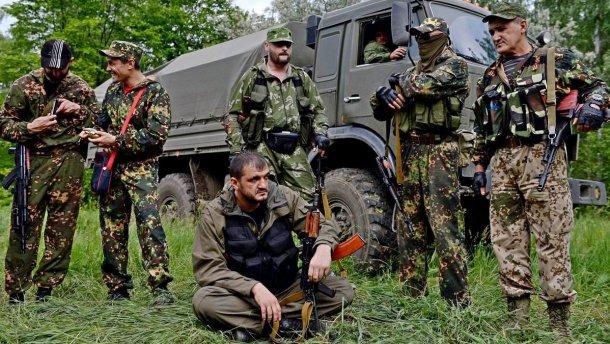 На Луганщине террористы взорвали дорогу