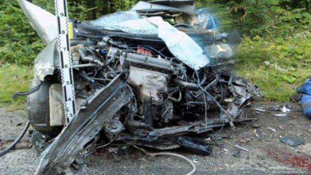 Сразу три машины столкнулись на Тернопольщине: есть погибшие (фото, видео 18+)
