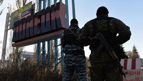В больницы Донецка привезли 14 убитых террористов, – волонтер