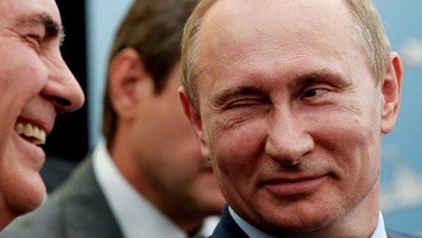 Запад поддается на шантаж Москвы, — эксперт