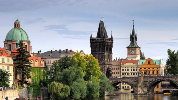 Есть ли посольство «ДНР» в Чехии