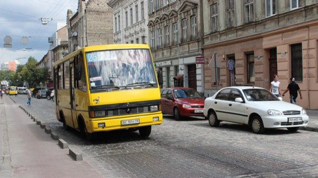 Сегодня львовские перевозчики бастуют