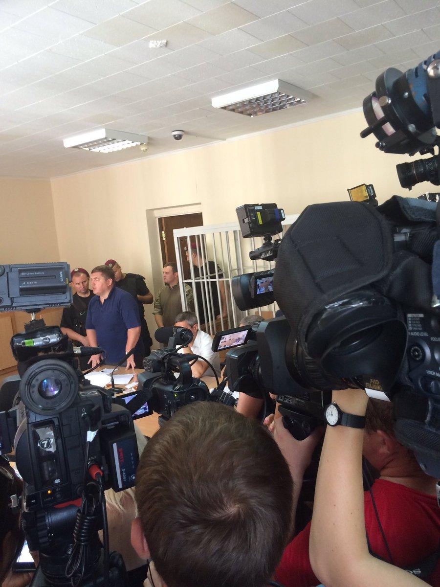 Суд над Ефремовым начался с перерыва (ФОТО)