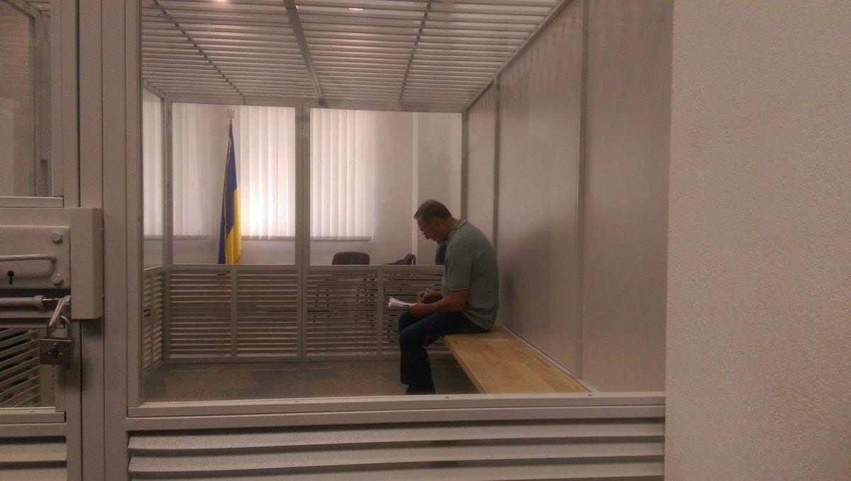 Апелляционный суд оставил Ефремова за решеткой
