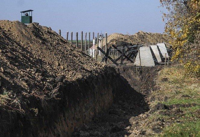 На Черниговщине чиновники разворовали деньги на «Стену» – прокуратура