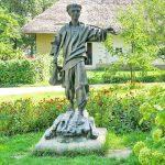 В Черкасской области похитили бронзовый памятник Шевченко
