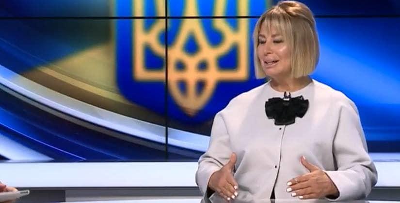 Осложнение после пластики: украинцы вновь не узнали лицо Герман (ФОТО)