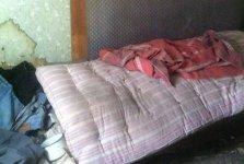 Молодую девушку изнасиловали, а после два дня держали в заброшенном доме (ВИДЕО)