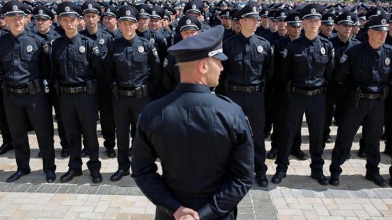 Национальная полиция объявила набор тренеров для новых работников