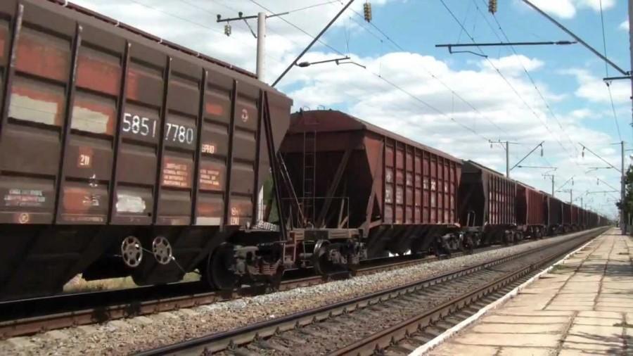На Львовщине поезд насмерть переехал парня