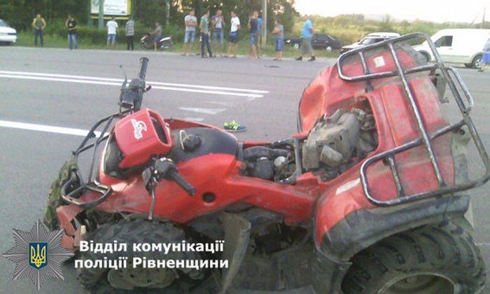 Семь человек разбились в аварии на Ровенщине (ФОТО)