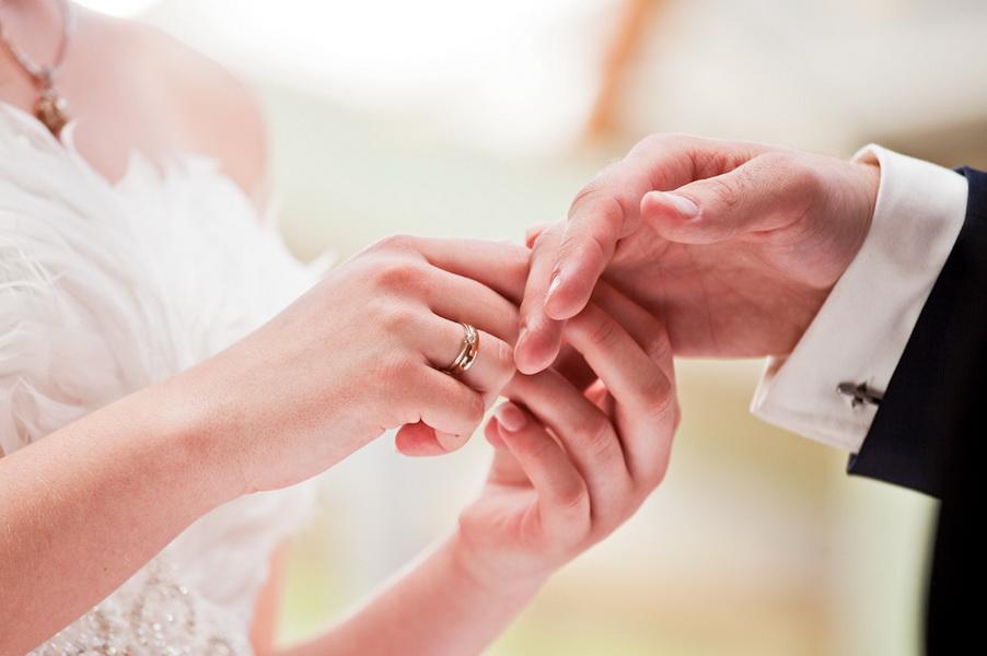 Нардеп вышла замуж за главу таможни (фото)
