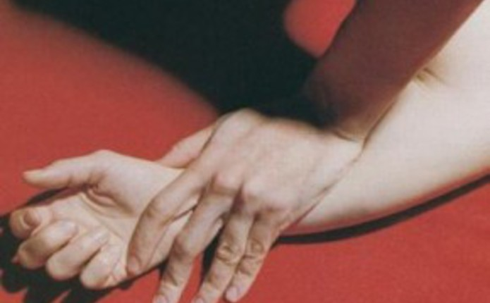 Пограничник в Лисичанске спас девушку, которую пытались изнасиловать четверо неизвестных