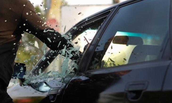 В львовского бизнесмена из машины украли деньги и драгоценности на 1миллион