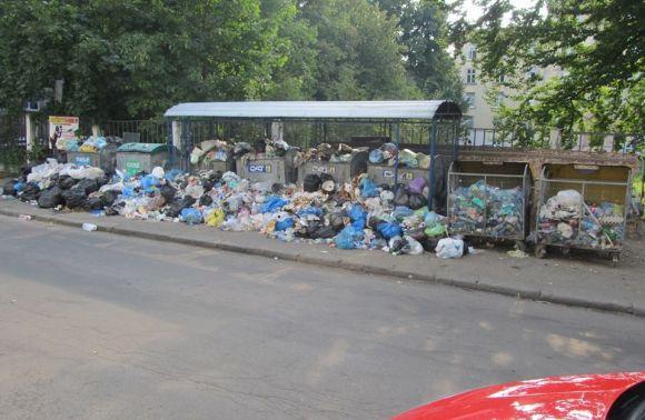 Во Львове опять не вывозят мусор