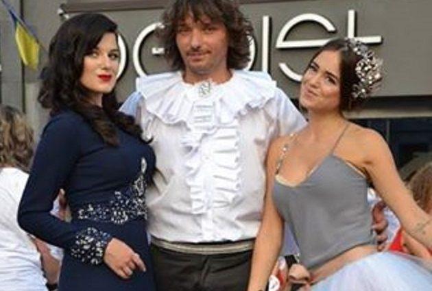 В Сети посмеялись над «элитным» конкурсом на Буковине (15 фото)