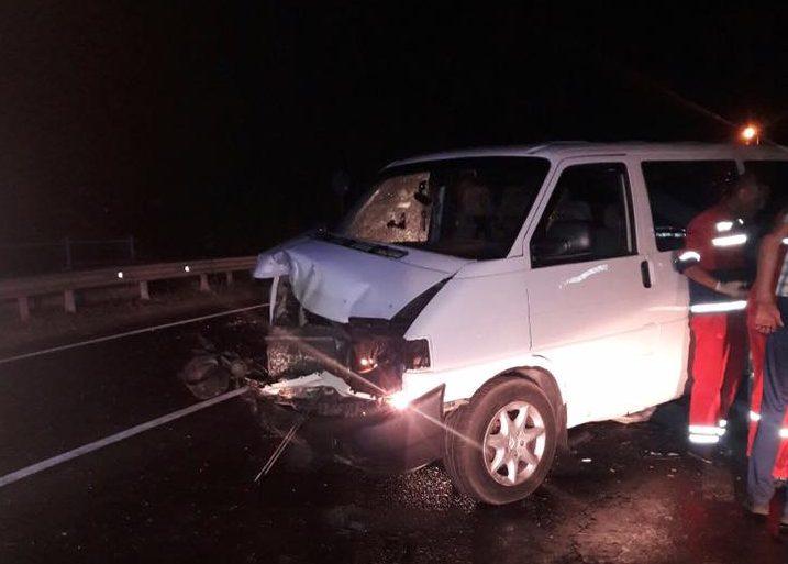 В Грибовичах сегодня ночью произошло ДТП: одного из водителей зажало в салоне