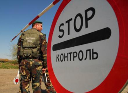 В очередях на границе с Польшей простаивает 650 автомобилей