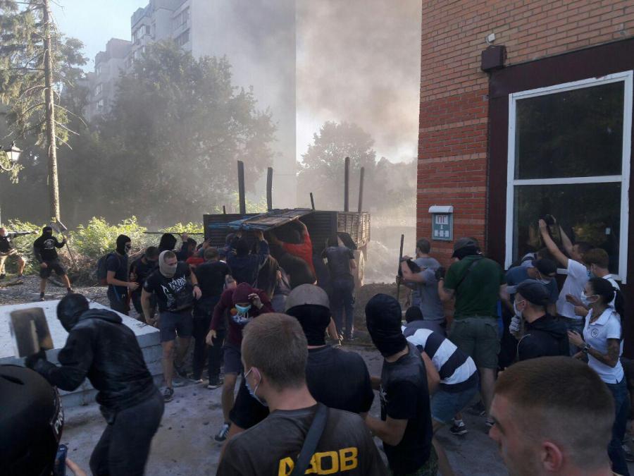 Дело Святошино: суд избрал меру пресечения руководителю «Азова»