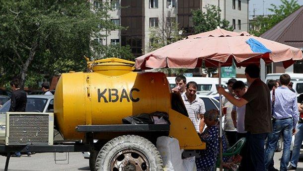 В Киеве чиновники продавали право торговать квасом