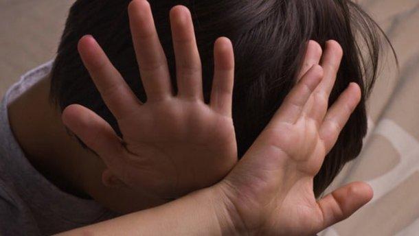 Юноша изнасиловал 5-летнего мальчика в Донецкой области