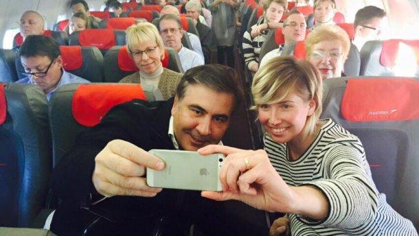 Саакашвили обещает новый аэропорт для Одессы