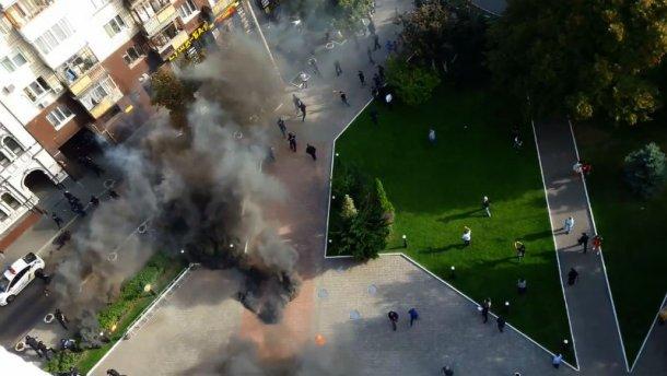 Появилось видео утренних столкновений под «Киевгорстроем»