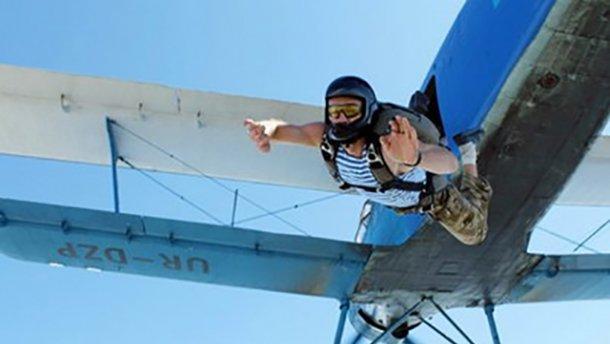 Двое бойцов АТО прыгнули с парашютами и погибли под Николаевом
