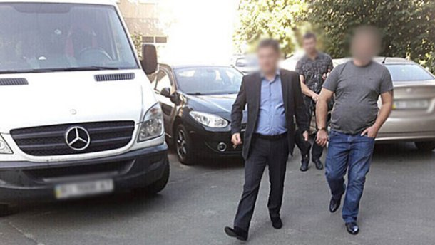 Полиция задержала чиновника, который украл почти 45 миллионов гривен