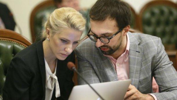 Соратница Лещенко обзавелась элитной квартирой. Пояснила: купил любимый