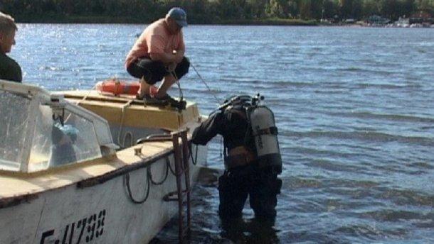 Ныряльщик нашел в Днепре тело женщины