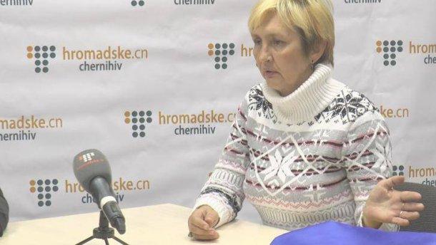 Над женщиной-медиком, которая была в плену на Донбассе, поиздевались в Чернигове