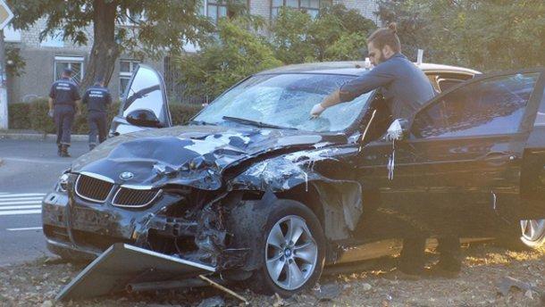 Жуткое ДТП: водитель BMW насмерть сбил четырех работников дорожной службы — появились новые подробности