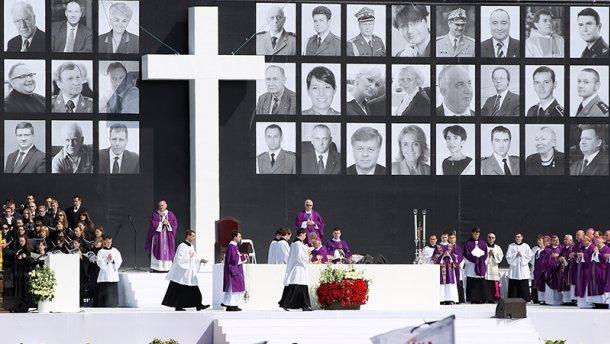 Польша обвинила Россию в фальсификации черных ящиков Смоленской трагедии