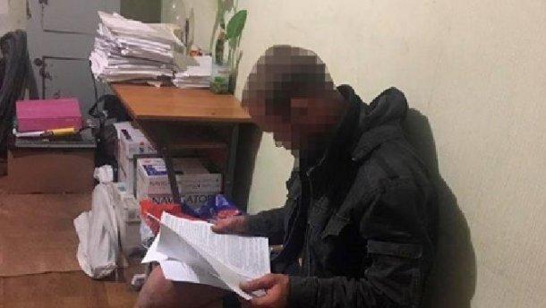 Пьяный безработный укусил полицейского в Запорожье