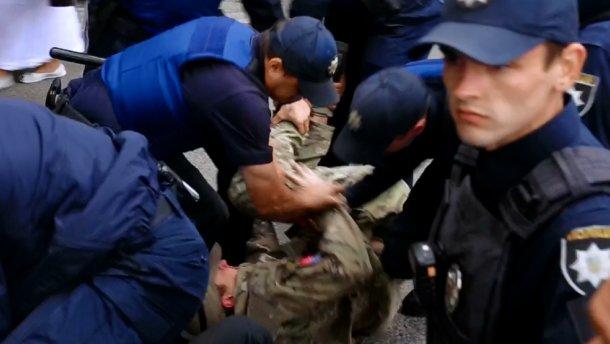 Драка под Генконсульством России в Одессе: задержаны активисты «Правого сектора» (ВИДЕО +18)