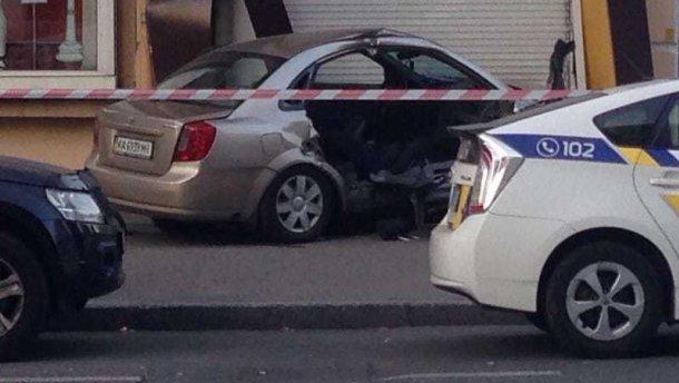 Умер пассажир такси, которое протаранило полицейский автомобиль