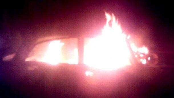Мужчина заживо сгорел в собственном авто – появились жуткие фото