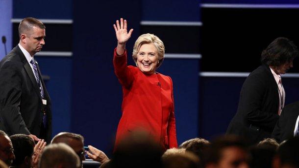 Клинтон победила Трампа на теледебатах, – СМИ