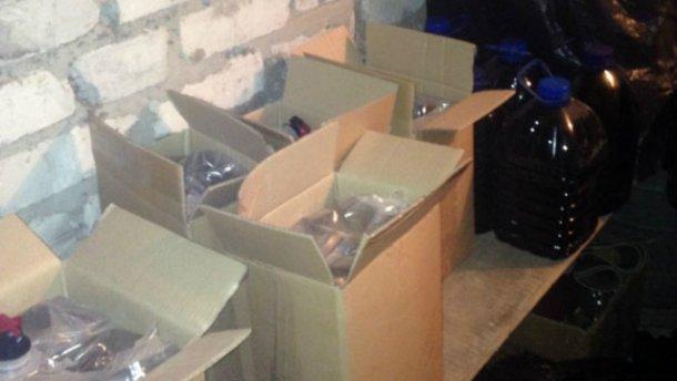 В Донецкой области задержали распространителей смертельного алкоголя