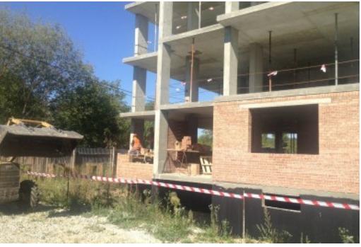 Садовому на строительстве многоэтажки для участников АТО кричали «Ганьба!» (ВИДЕО)
