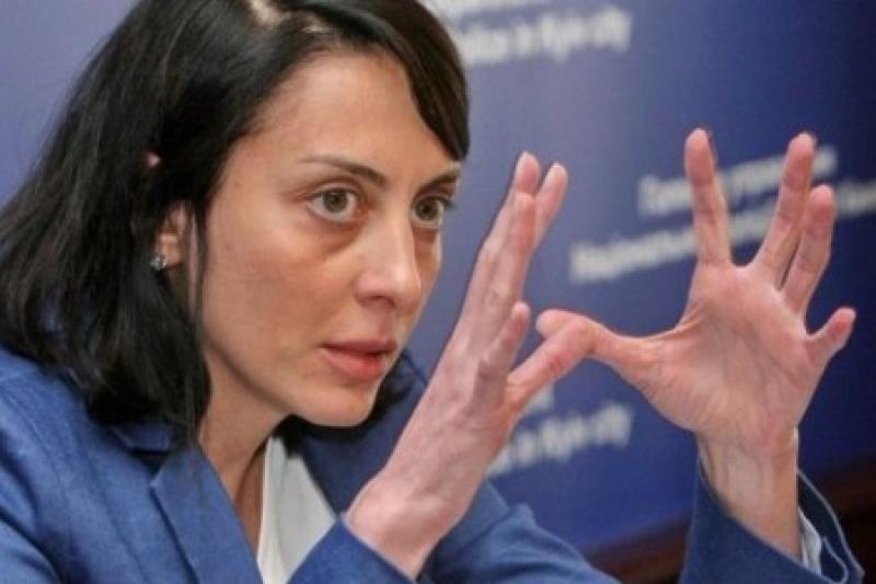 Короткий путь Украины от кружевных трусов к полицейскому государству