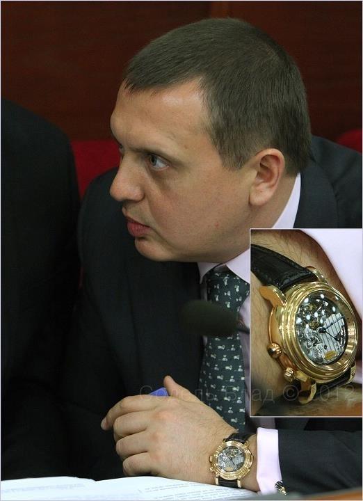 Взяточник из ВСЮ Гречкивский носил часы за полмиллиона