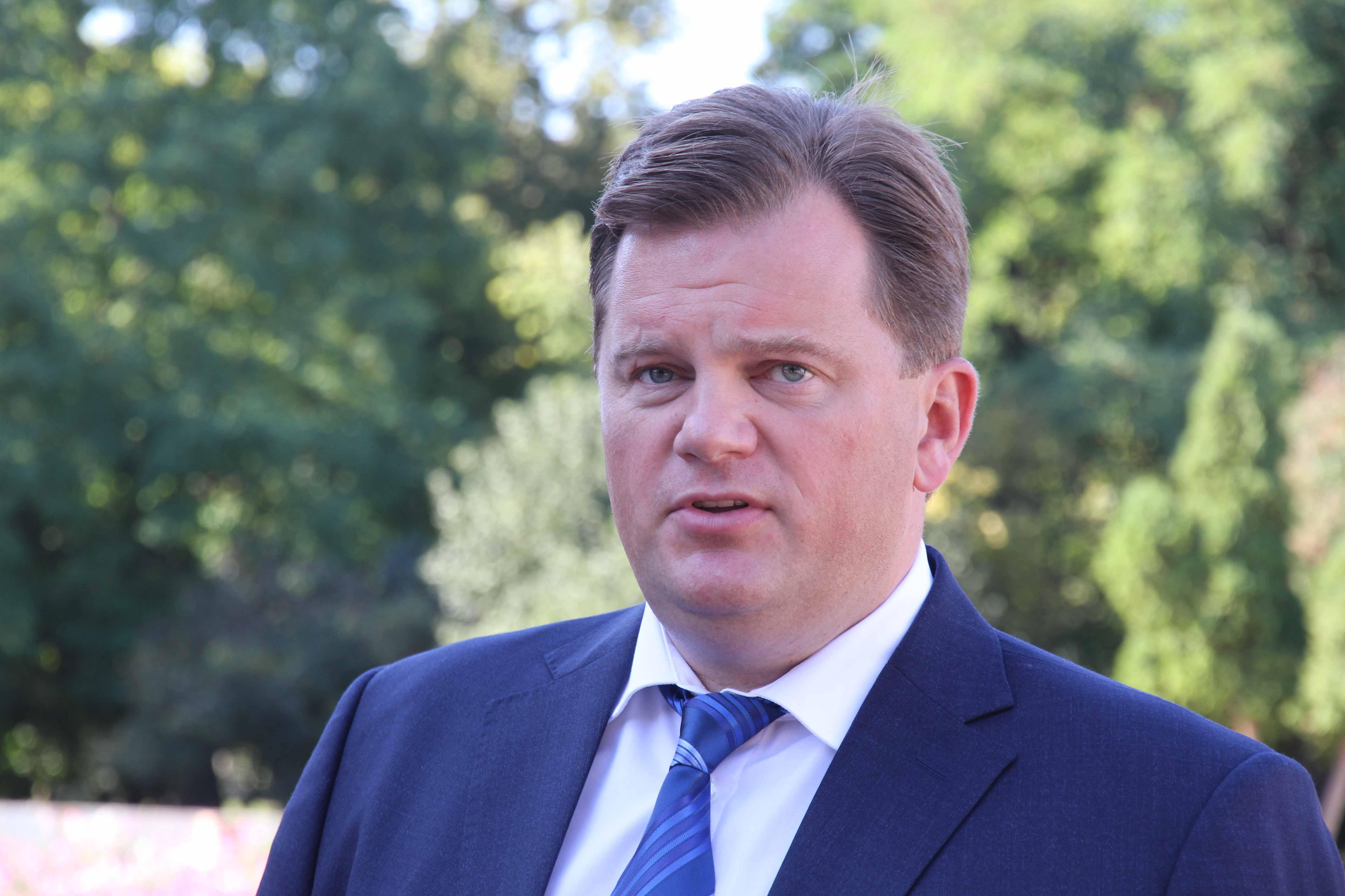 Я не я, и хата не моя: адвокат экс-губернатора Мельничука заявил, что он был не в курсе коррупции, которую развел его заместитель