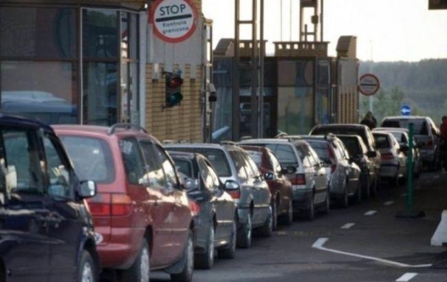 Количество автомобилей на границе Украины с Польшей превысило 900